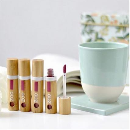 ✨Zao Make-Up✨  Vous avez vu ces sublimes nouveautés chez @zaomakeup_official 😍💕 Des encres à lèvres pour un effet longue tenue ! 4 couleur à tomber mais laquelle choisir 🤭? 📷 @zaomakeup_official . . #zaomakeup #zao #makeup #bio #naturalmakeup #encresalevres #longuetenue #bamboo #refill #vegan #veganmakeup #lips #lipstick #color #greenmakeup #greenmakeupartist  #nature #biomakeup #inlove